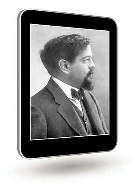 Das Bild zum Zitat zu Bach: Ein schwarz-weiß Foto, um das Jahr 1900. Debussy mit Kinnbart und Schnauzer, schwarzem Jackett, Weste und Fliege. das Hemd weiß er schaut zur Seite. Alles auf einem Tablet.