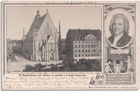 Eine Postkarte zum Thema Johann Sebastian Bach. Links die Thomaskirche, rechts das Portrait von Johann Sebastian Bach. Die Karte ist vorne mit Hand beschrieben