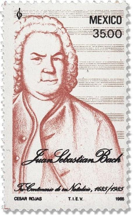 Auf dieser hochformatigen Briefmarke ist Johann Sebastian Bach als brauen Zeichnung. Im Hintergrund sind mehrere leere Notenlinie, oben rechts 35.00 und das Wort Mexico.