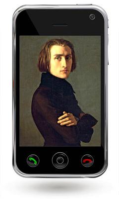 Das Bild zum Zitat zu Bach: ein Gemaelde von Liszt. Dunkler Anzug, er hat die Arme vorne verschraenkt, montiert in das Display eines schwarzen einfachen Samrtphones.